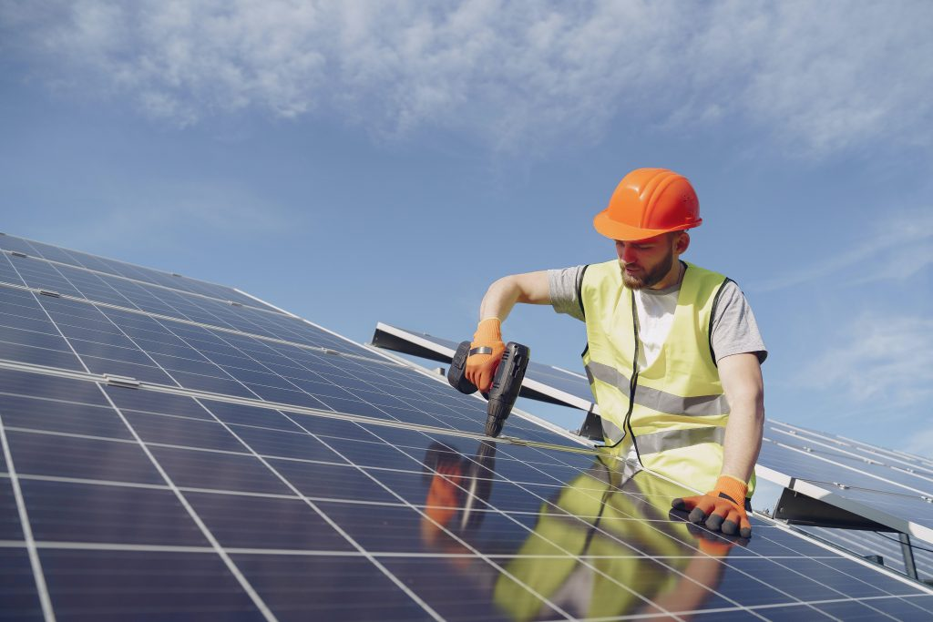 pros and cons about solar energy